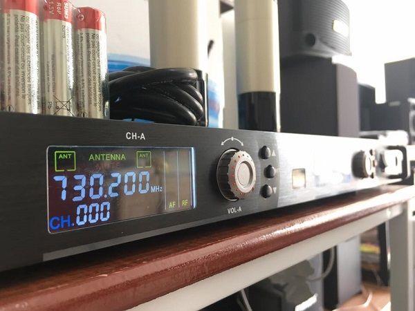 Micro không dây KBS 1603_03